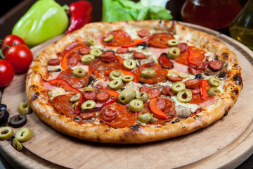 Pizza green olive