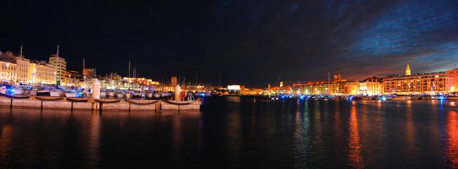 Vieux Port de Marseille de Nuit