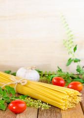 Spaghetti ,tomatoes, garlic and herb