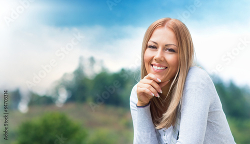 canvas print picture Portrait of a happy smile young girl
