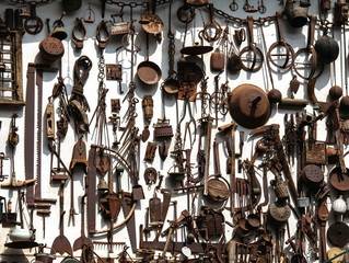 antichi strumenti di lavoro
