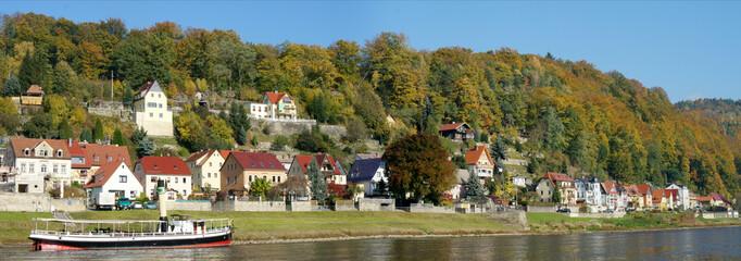 Idyllischer Kurort an der Elbe in der Sächsischen Schweiz
