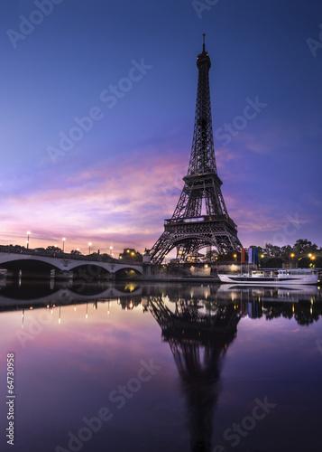 Tour Eiffel au Crépuscule