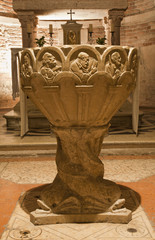 Verona - Romanesque baptistery from church Most Holy Apostles