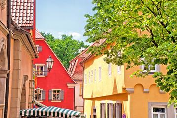 Bunte Häuschen am Marktplatz des fränkischen Volkach am Main