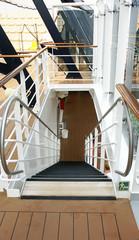 Escaleras en un trasatlántico