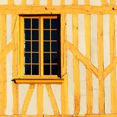 Fenêtre et colombage