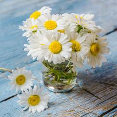 Kleiner, lieber Blumengruß :)