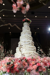 wedding cake luxury in marriage ceremony