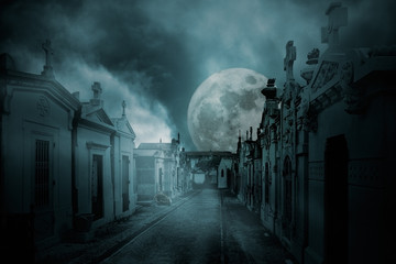 Full moon cemetery