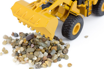 Wheel loader and pebbles