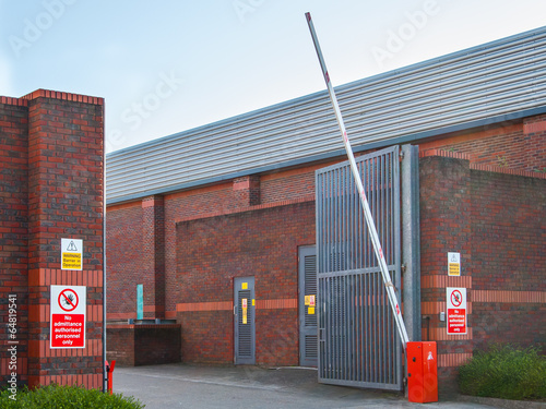 Commercial entrance barrier - 64819541