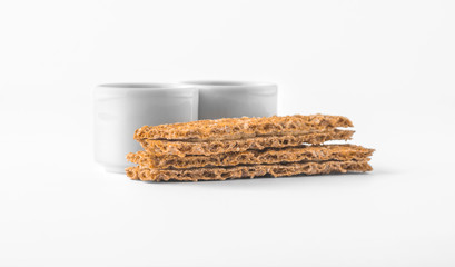 Set of saucers with crispbread