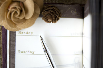 close up the day on planner