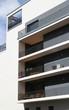 Modernes Stadthaus mit Balkonen