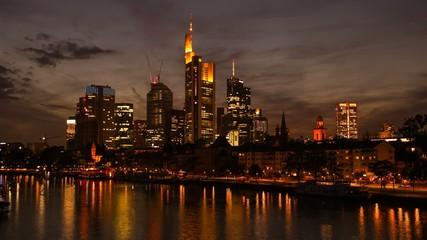 Frankfurt am Main - Skyline / Timelapse - Zeitraffer