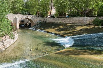 Azud En El Río Júcar. Alcalá Del Júcar (Albacete). España