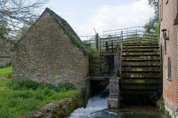 Waterwheel in Cotswold Village