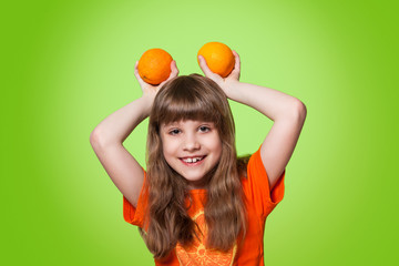 girl with citrus