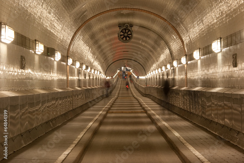Fotobehang Tunnel Alter Elbtunnel_4