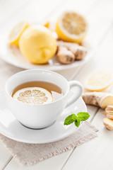 Gesunder Zitronen-Ingwer Tee