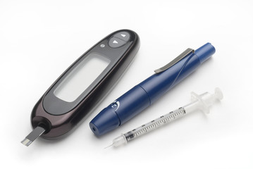 diabetes kit, syringe and glucometer set