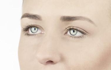 Augen und Nase einer Frau