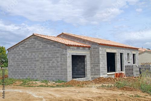 Maison en construction poster affiche acheter le sur for Acheter maison en construction