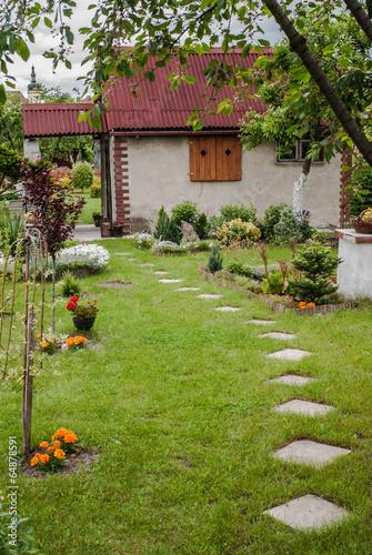 Altanka w ogródku - 64878591
