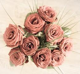 prachtvoller Rosenstrauß in rosa