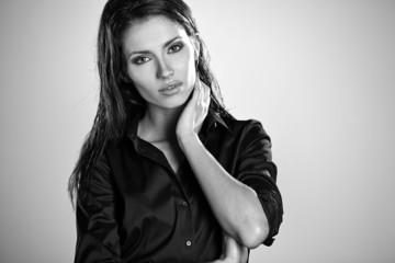 B/W portrait of a beautiful woman