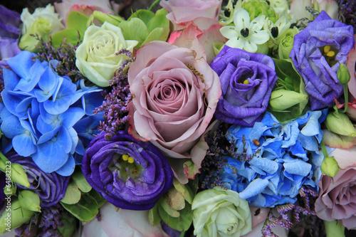 Foto op Plexiglas Hydrangea Blue and purple bridal bouquet