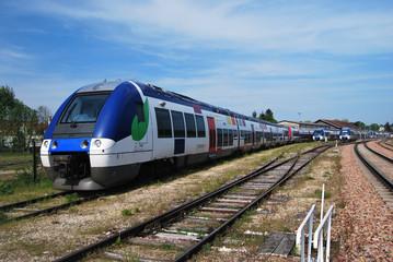 Train de banlieue région parisienne