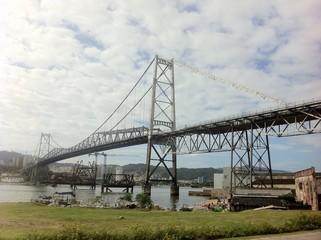 Ponte Hercílio Luz 01