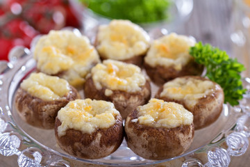 Stuffed mushrooms with garlic and cheese