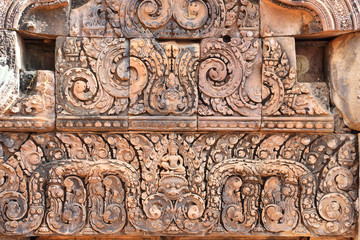 carvings in angkor thom cambodia