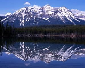 Herbert Lake, Banff National Park, Canada © Arena Photo UK