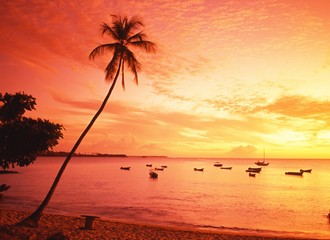Pigeon Point at sunset, Tobago © Arena Photo UK