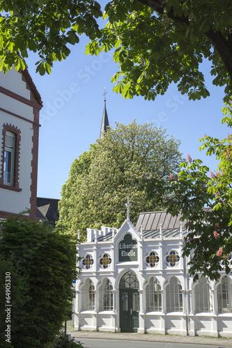 Leinwandbild Motiv Liboriusquelle in Bad Lippspringe, NRW, Deutschland