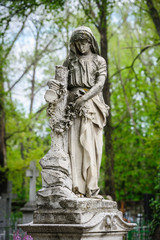 statue on the grave