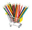 Buntstifte in Einkaufswagen