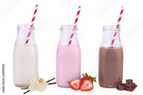 Bottles of milk - 64909932