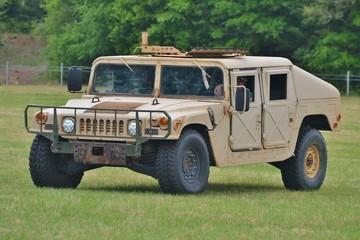 Military Humvee/Hummer/HMMWV