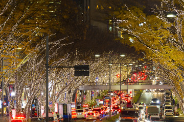 キラキラ ネオンが眩しい 表参道クリスマスイルミネーション