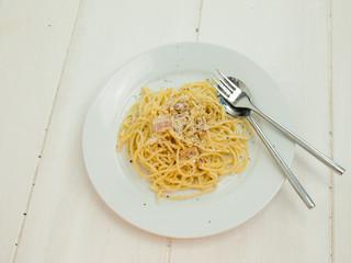 meal of spaghetti carbonara