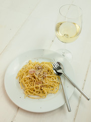 meal of spaghetti carbonara