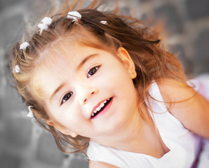 Bambina sorridente