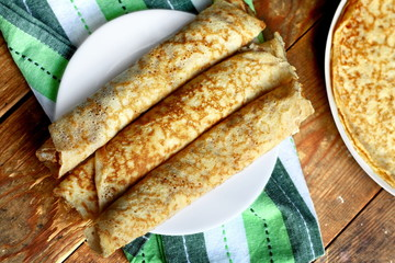 Rolled crepes