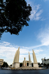 thai democracy monument 2