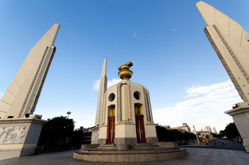 thai democracy monument 4